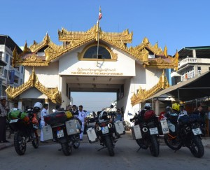 5 motorcycles ready to enter Myanmar - at the border in Mae Sot
